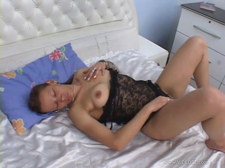 Babe with anal fetish getting her asshole fucked with black cock