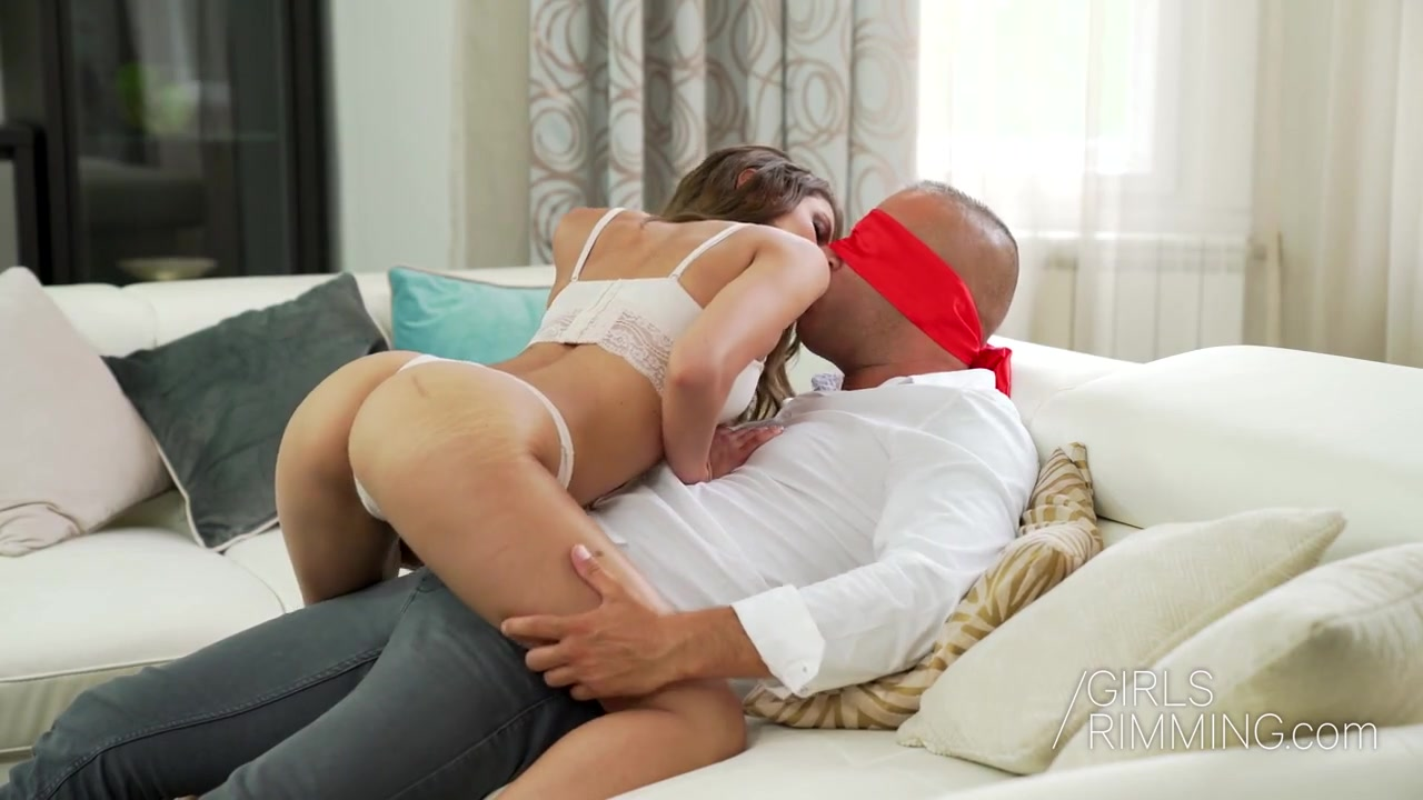 Bootyful girl Baby Nicols provides her man with unforgettable rimjob and blowjob