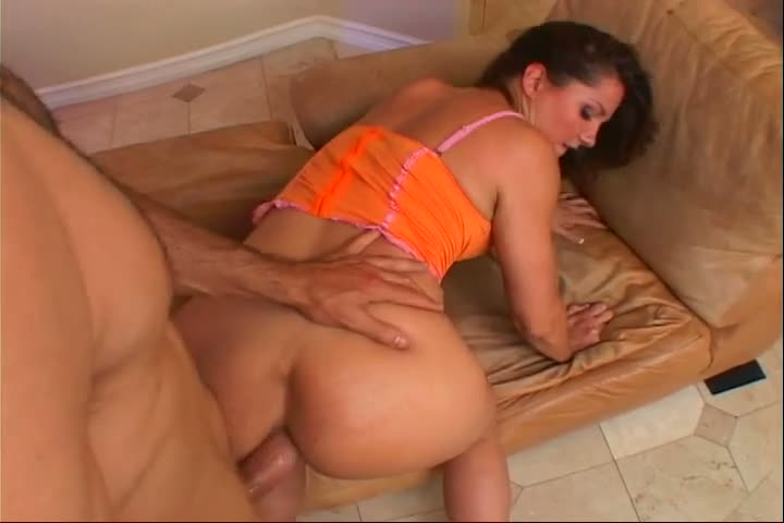 Bent over lady with juicy rack Samantha Roxx is analfucked doggy