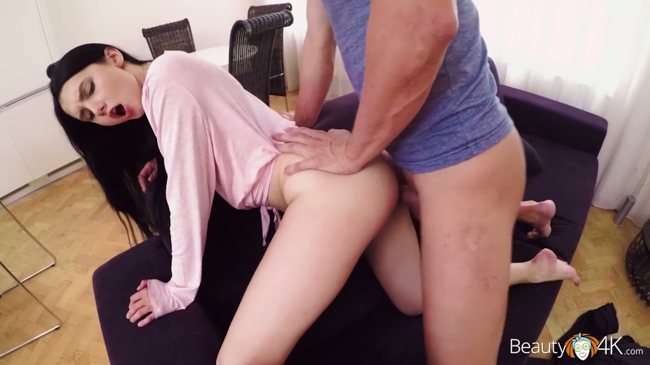 Lusty dark haired gal Crystal Greenvelle provides her neighbor with nice blowjob